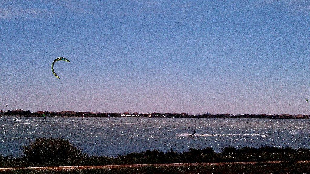 Kite surf sur l'étang