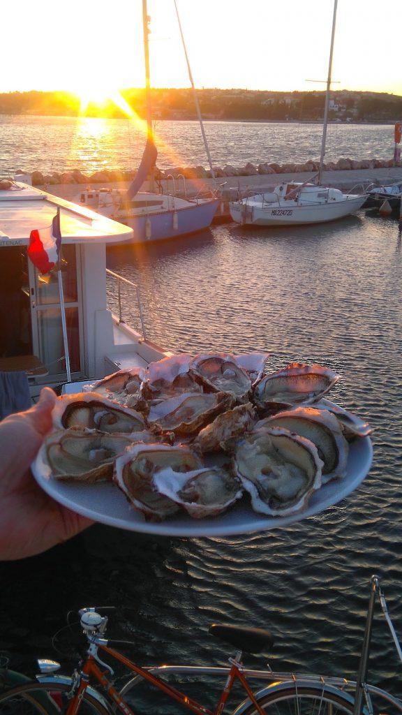 Port de bouzigues, soirée Huitre sur notre bateau
