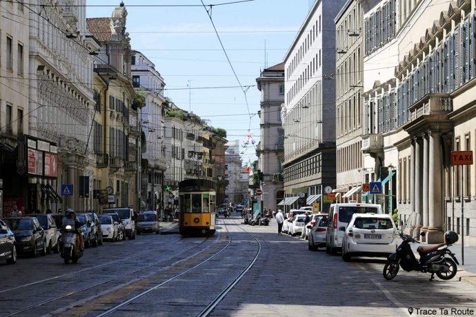 Rue de Milan : Via Alessandro Manzoni, Milano