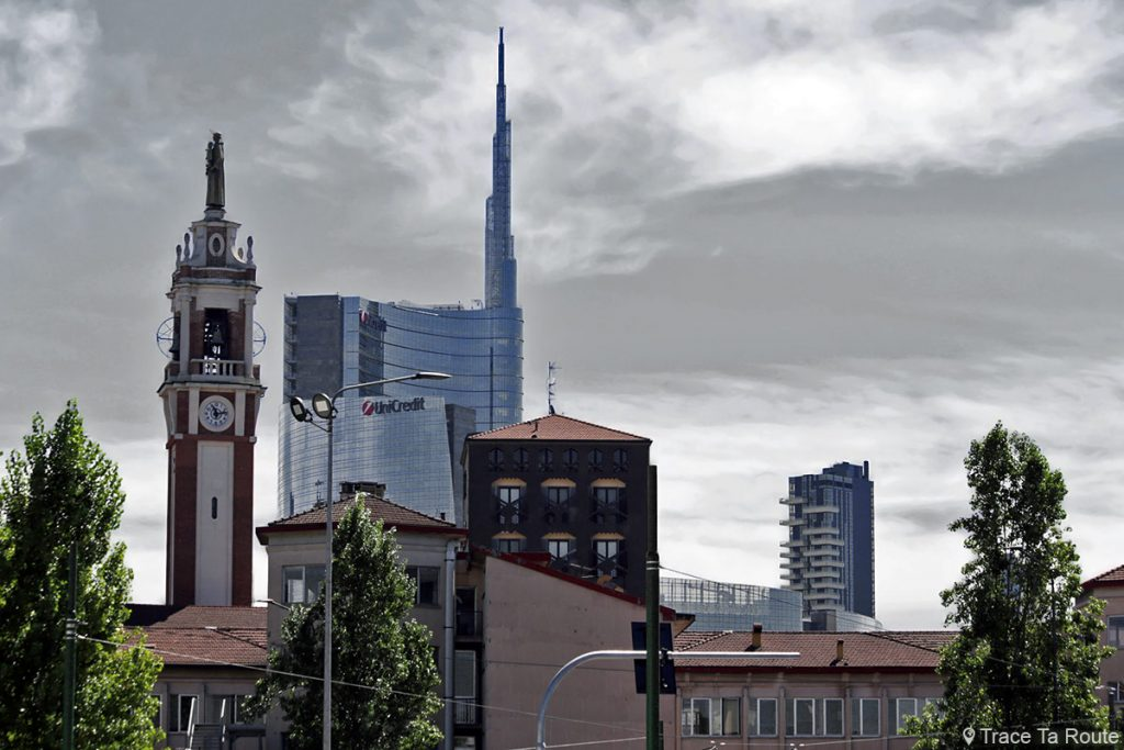 Immeubles de Milan - Gratte-ciel UniCredit Tower