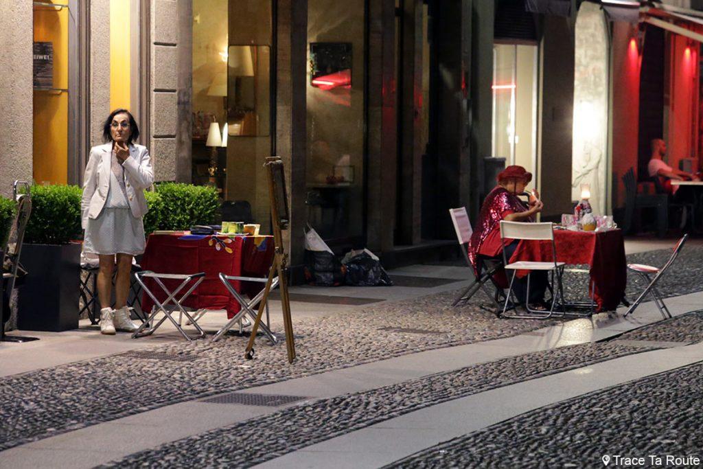 Voyantes mediums de rue Via Fiori Oscuri, Milano