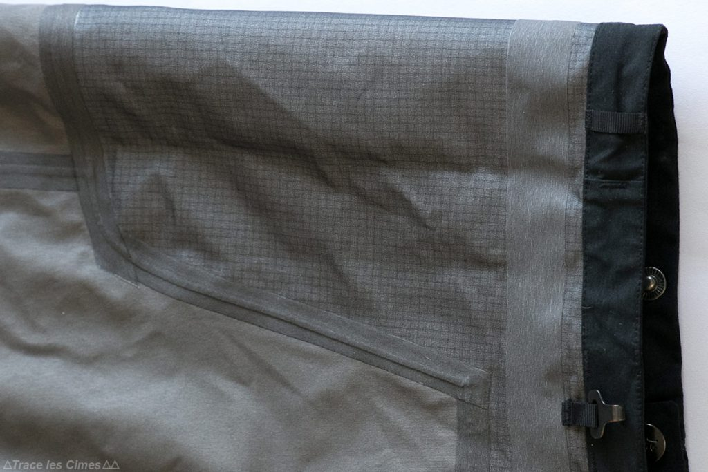 Test Pantalon Gore-Tex FALKETIND NORRØNA : coutures thermocollées