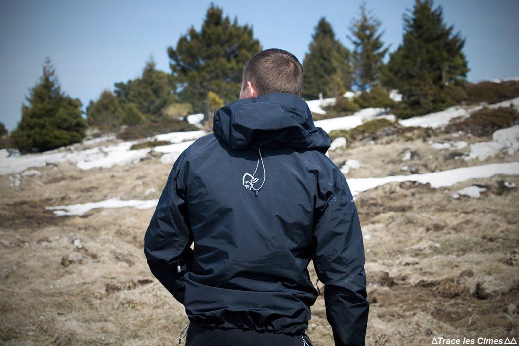 Test Veste Gore-Tex TROLLVEGGEN NORRØNA review : randonnée montagne