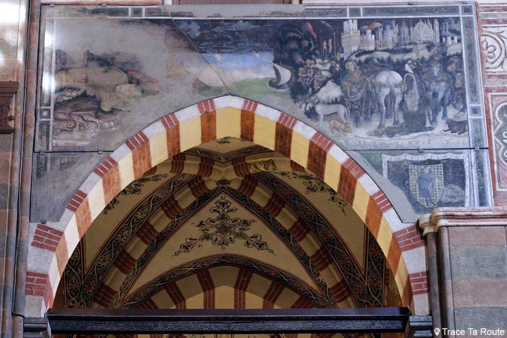 "Fresque ""Saint-Georges délivrant la princesse du dragon"" (1433-1438) Pisanello - Chapelle Pellegrini de la Basilique Sant'Anastasia de Vérone - Chiesa San Pietro da Verona in Santa Anastasia Basilica"