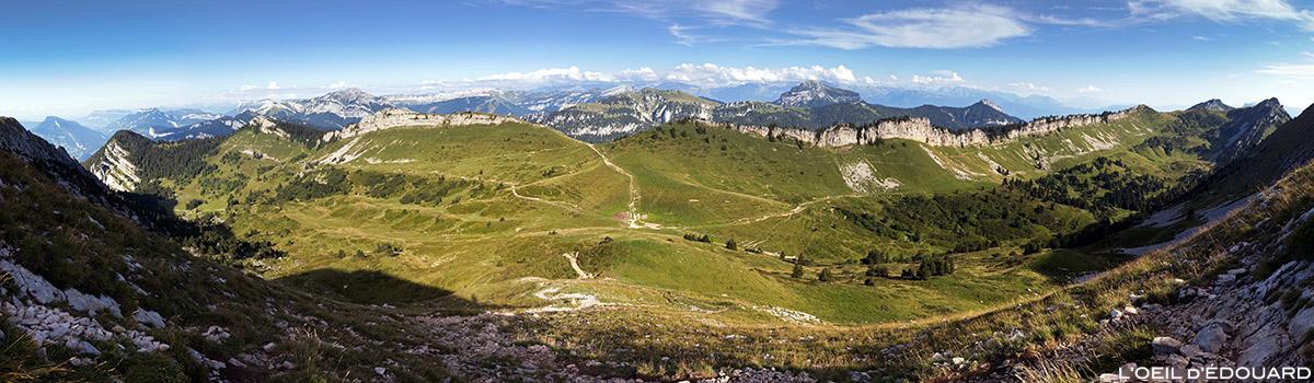 Le Col de la Sure depuis la Grande Sure - Massif de la Chartreuse © L'Oeil d'Édouard