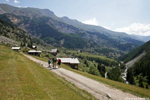 Le Villard dans la vallée de Ceillac, Queyras (Hautes-Alpes)