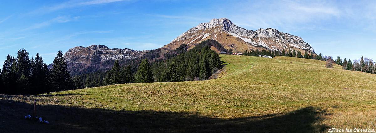 Les Chalets de la Fullie et le Mont Colombier, Massif des Bauges, Savoie