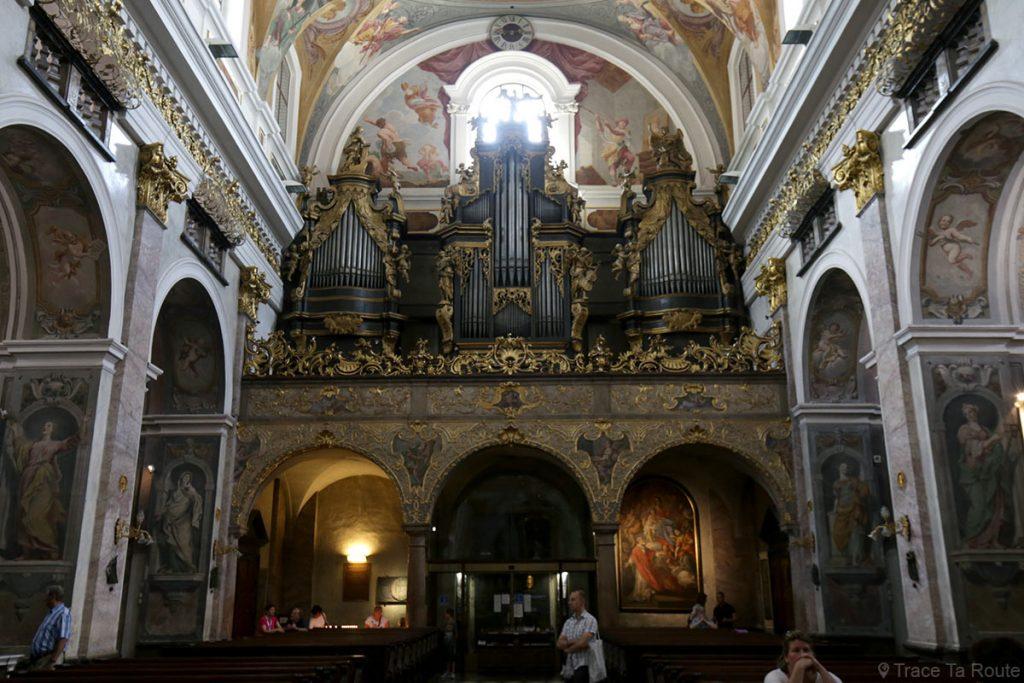 Orgues à l'intérieur de la Cathédrale Saint-NicolasStolnica svetega Nikolaja de Ljubljana, Slovénie