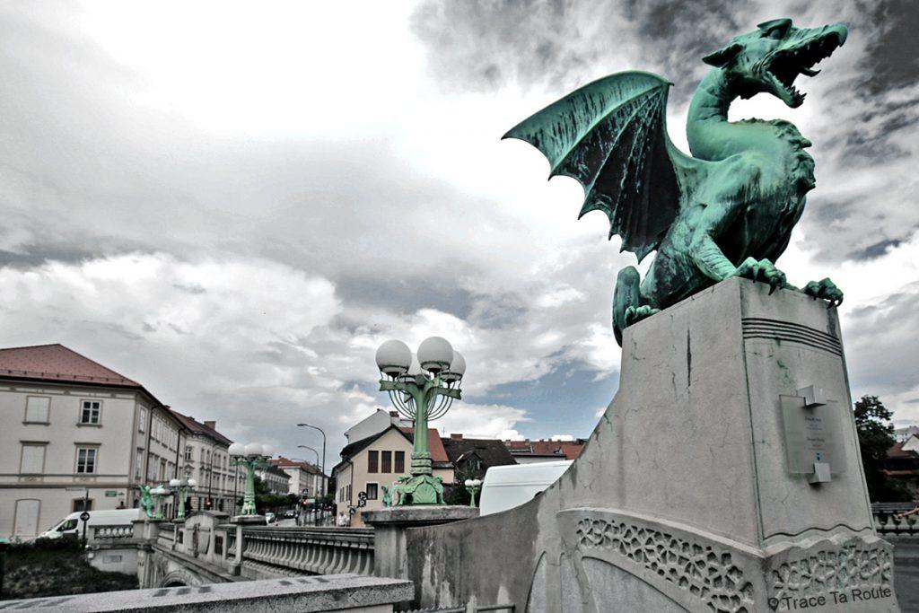 Reslejeva Cesta, le Pont des Dragons de Ljubljana, Slovénie - Slovenia / Slovenija