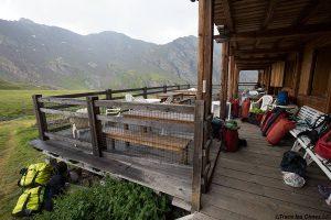 Terrasse du Refuge Agnel - Queyras, Hautes-Alpes