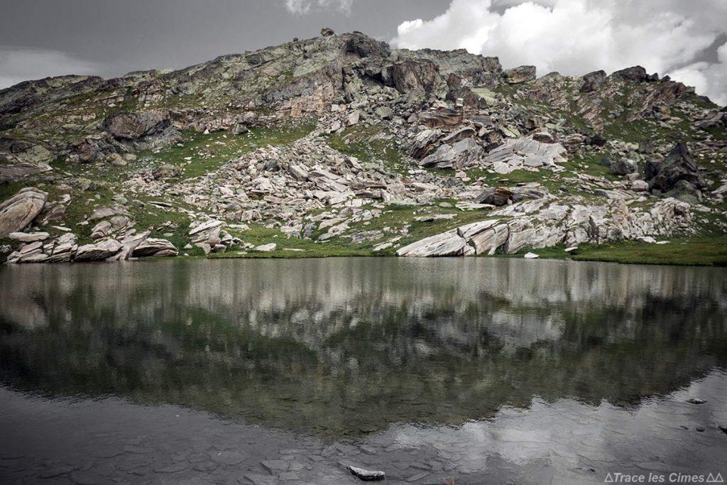 Lac Inférieur des Lacs Blanchets, Queyras (Hautes-Alpes)