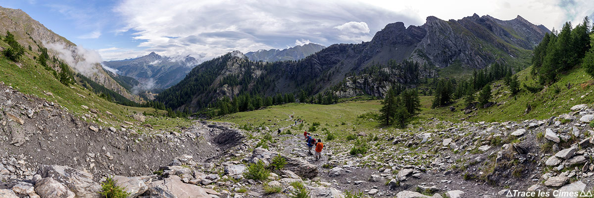 Trek du Tour du Queyras avec les Crêtes des Lauzes et de la Taillante (Hautes-Alpes)