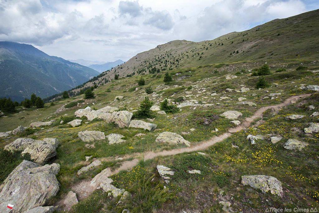 Sentier itinéraire Tour du Queyras GR 58 sur La Crête de Peyra Plata et la Crête de Gilly - Queyras, Hautes-Alpes