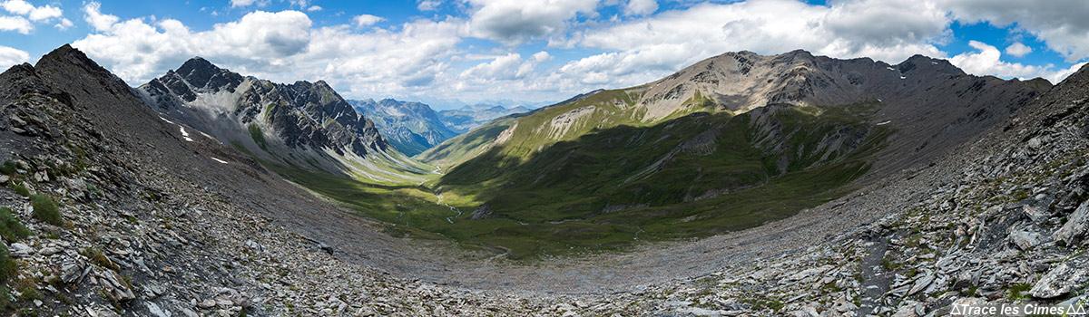 Le Vallon des Fonts de Cervières depuis Le Col du Petit Malrif - Tour du Queyras GR 58, Hautes-Alpes