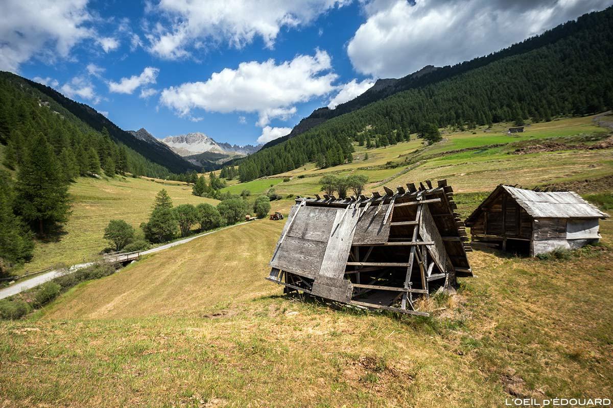 Chalets en bois au village de Souliers - Queyras, Hautes-Alpes