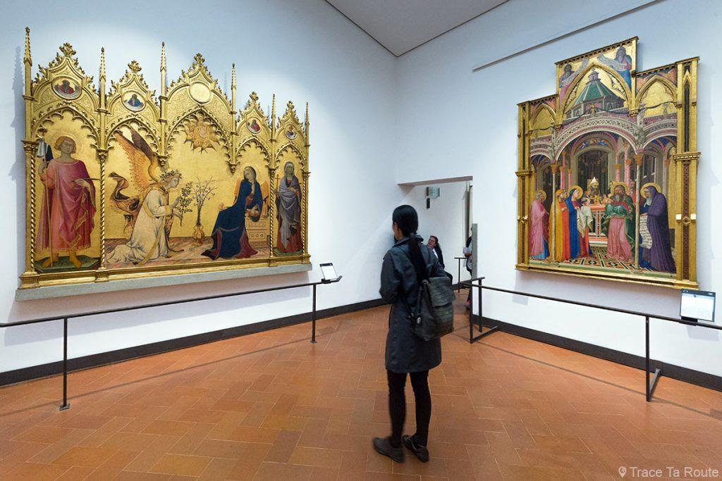 Salle 3 du Musée de la Galerie des Offices de Florence (Galleria degli Uffizi di Firenze) : Trecento Primitifs italiens Pré-Renaissance (Simone MARTINI et Ambrogio LORENZETTI)
