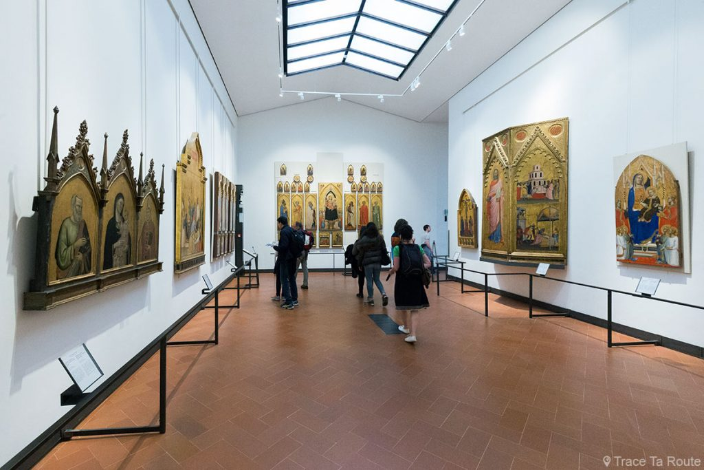 Salle 4 du Musée de la Galerie des Offices de Florence (Galleria degli Uffizi di Firenze) : Trecento Primitifs italiens Pré-Renaissance