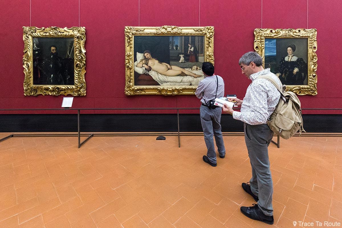 Salle des peintures du TITIEN, Venus d'Urbino et portraits - Musée de la Galerie des Offices de Florence (Galleria degli Uffizi di Firenze)