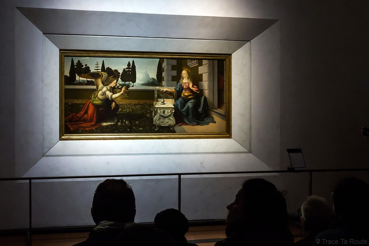 L'Annonciation (1473-1475) Léonard de VINCI - Musée de la Galerie des Offices de Florence (Galleria degli Uffizi di Firenze)