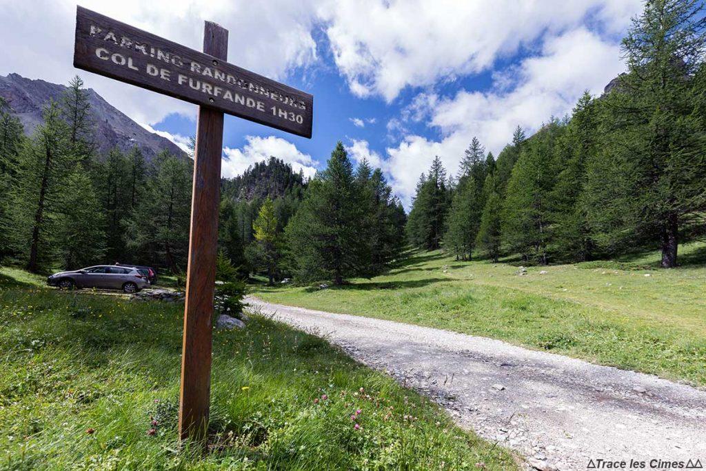 Parking randonnée du Plan du Vallon - Queyras, Hautes-Alpes