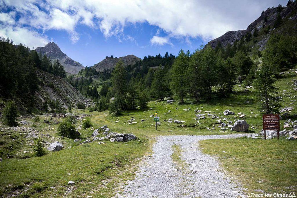 Parking Dépassé l'Eau, randonnée vers le Col de Furfande - Queyras, Hautes-Alpes