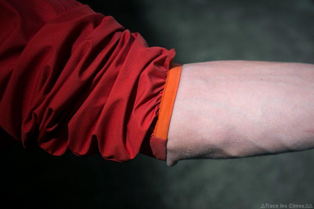 Test de la Veste Gore-Tex NORVAN ARC'TERYX élastique au poignet de la manche