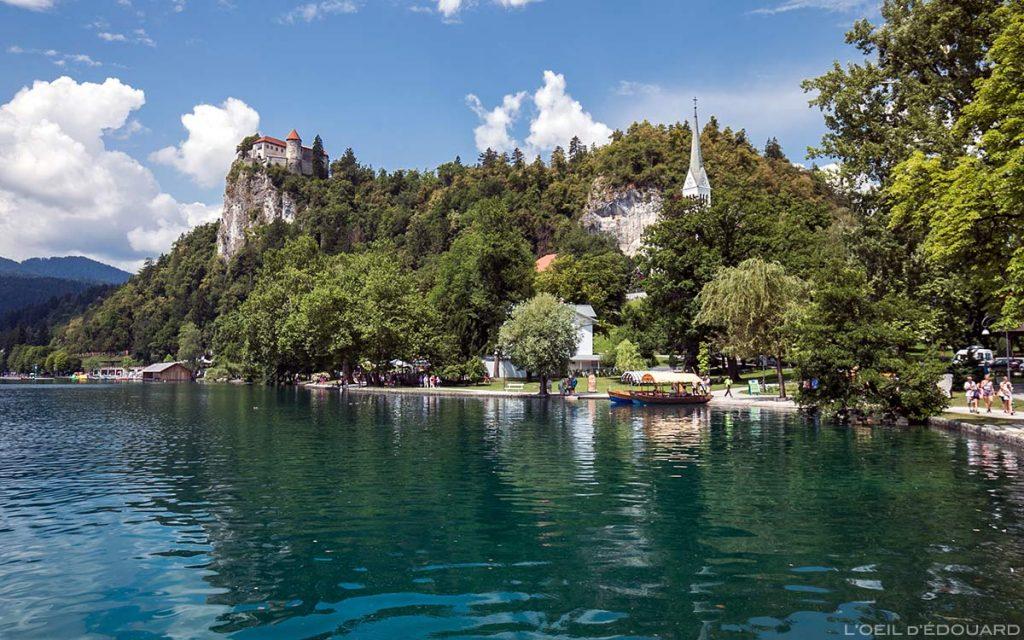 Le Lac de Bled et le Château Blejski grad, Slovénie - Blejsko jezero, Slovenia