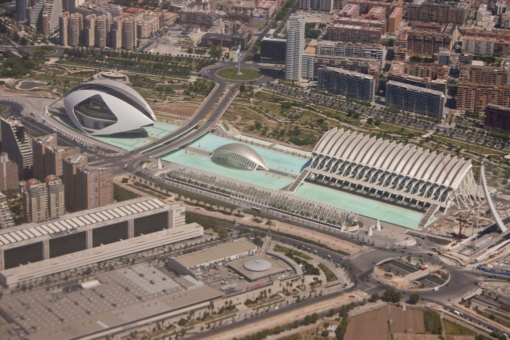 Vue de la Cité des arts et des sciences de Valence (Ciutat de les Arts i les Ciències / Ciudad de las Artes y las Ciencias, Valencia) Architecture Santiago Calatrava