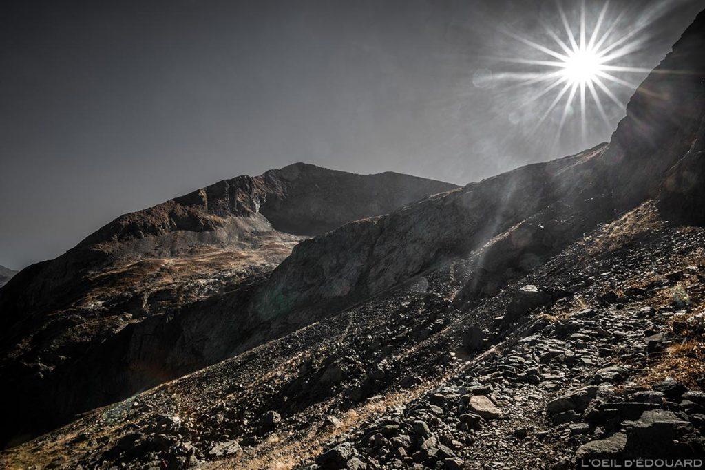 Le sommet du Taillefer vu depuis la montée par la combe de la face Nord