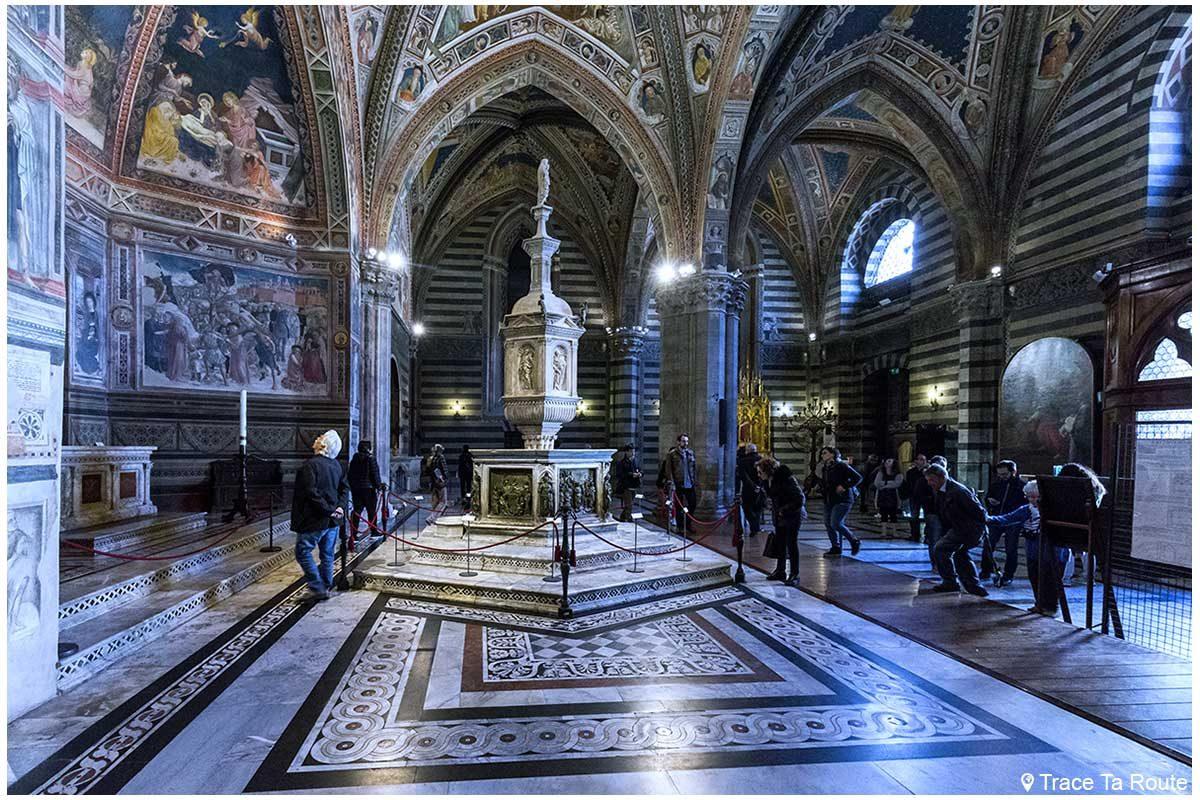 Intérieur Baptistère San Giovanni, Cathédrale de Sienne / Interno Battistero di San Giovanni, Duomo OPA Siena