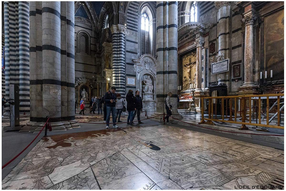Sol pavé marbre à l'intérieur de la Cathédrale de Sienne - Pavement Duomo di Siena (Santa Maria Assunta) : Histoire de Judith, Francesco di Giorgio Martini