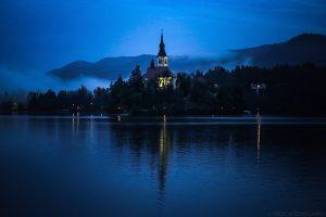 Lac de Bled - Île et l'Église de l'Assomption Cerkev Marijinega Vnebovzetja, Slovénie - Blejsko jezero, Slovenia Slovenija