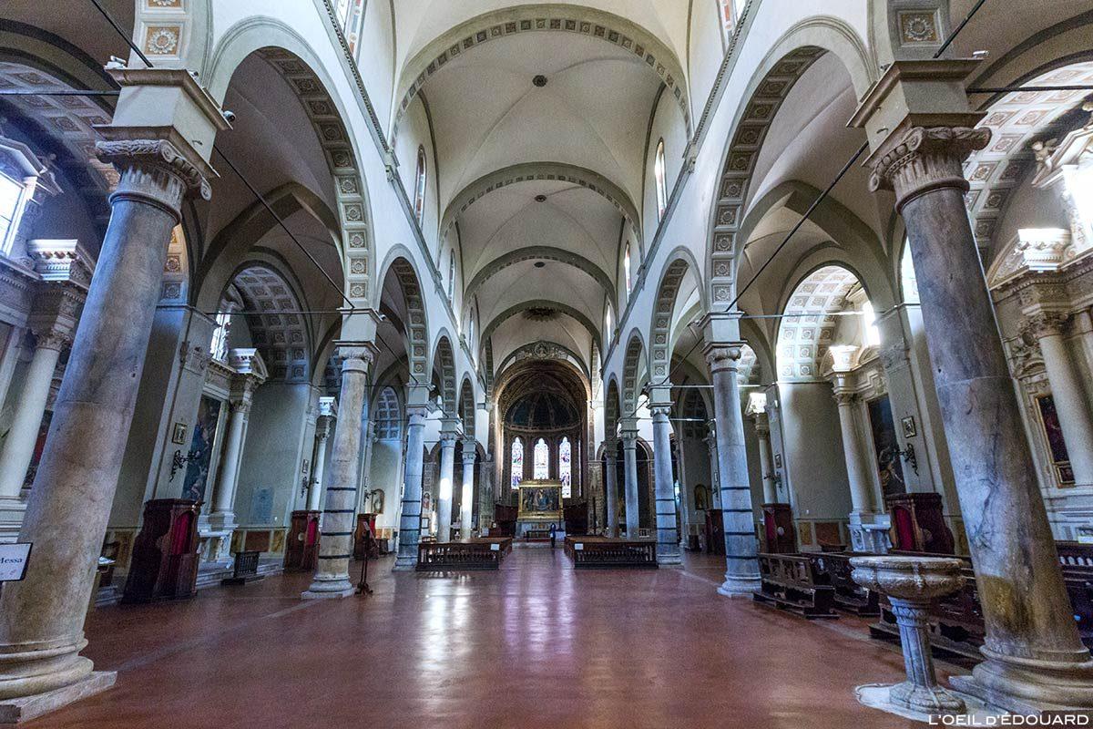 Intérieur nef de la Basilique San Clemente in Santa Maria dei Servi, Sienne