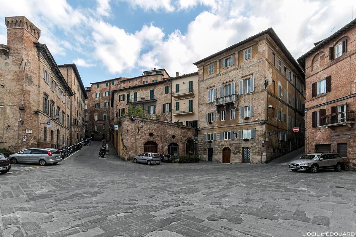 Visite de Sienne : Piazza Provenzano, Siena