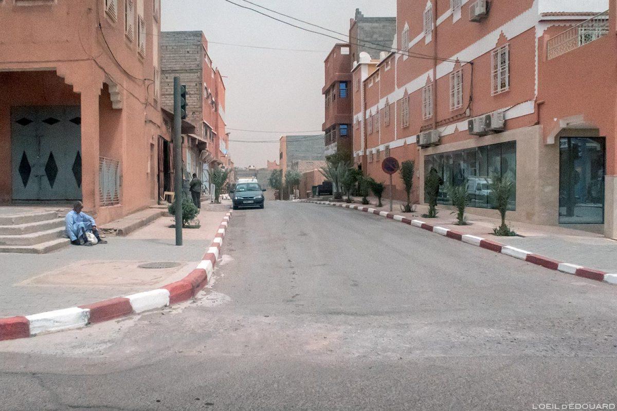 Rue dans Ouarzazate, Maroc