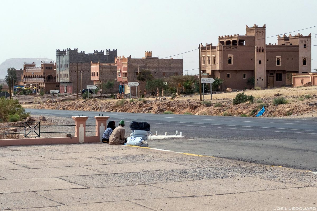 Vers Zagora, sur la route N9 dans la Vallée du Draâ, Maroc