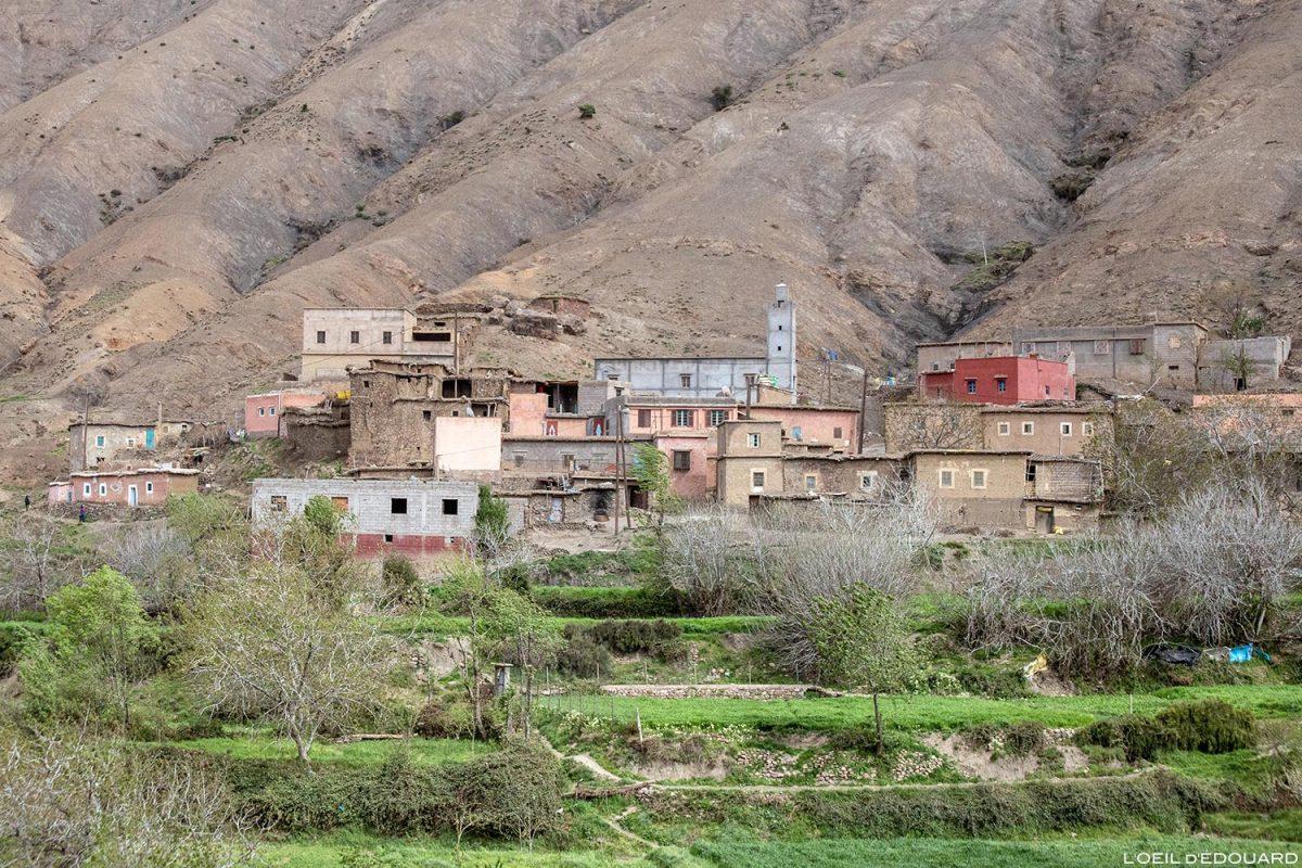 Village marocain de Taddart Izdar, Vallée du Tichka au Maroc