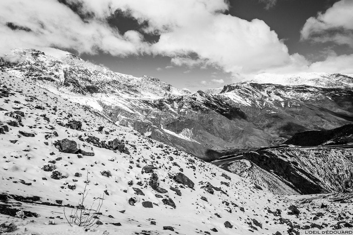 Montagnes enneigées de l'Atlas, Maroc (sous le Col du Tichka) © L'Oeil d'Édouard