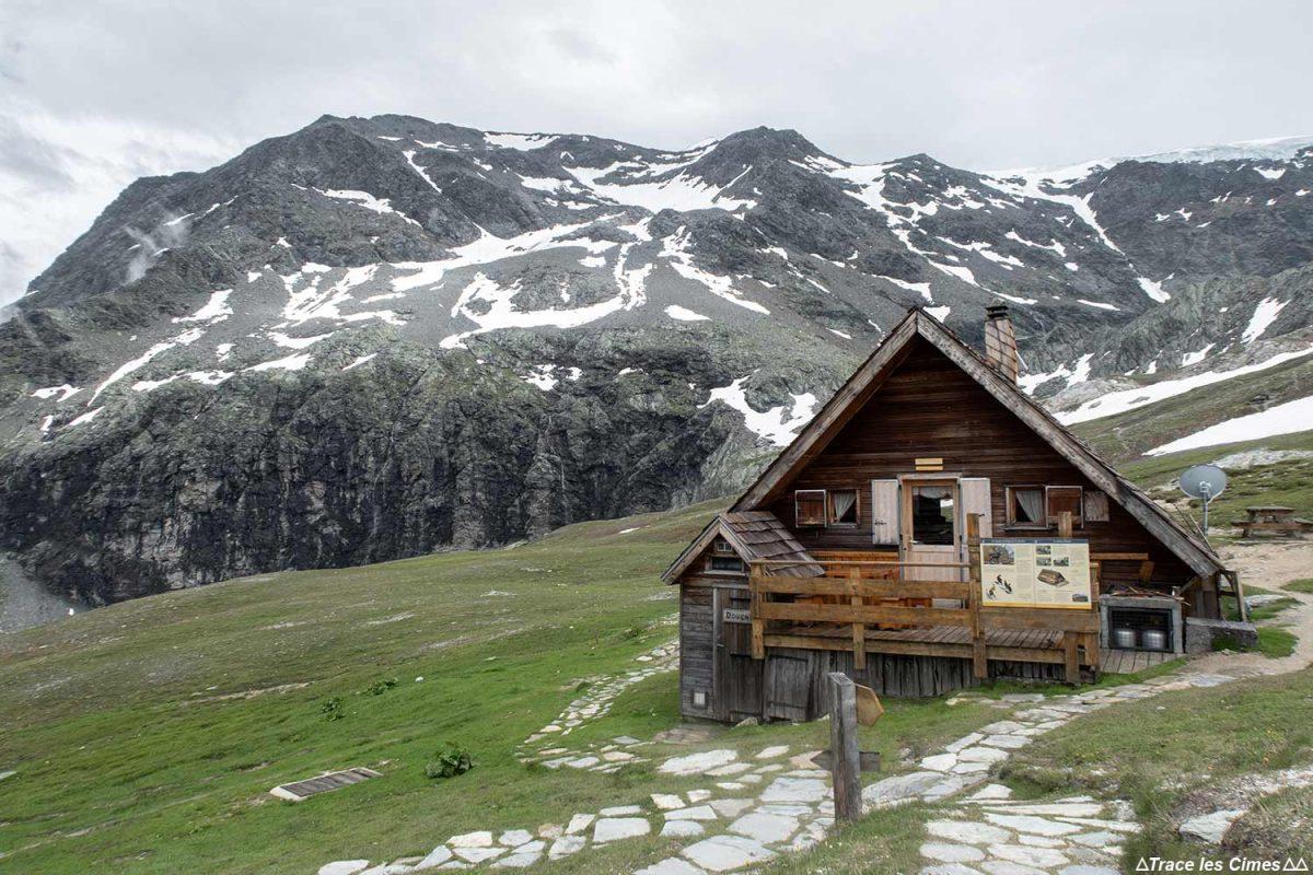Le Refuge de la Valette et le Dôme des Sonnailles, Massif de la Vanoise