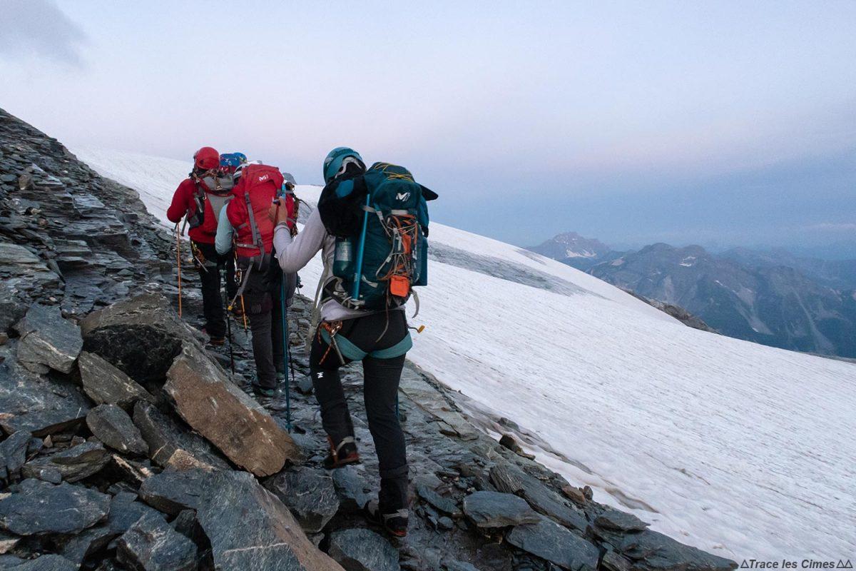 Marche d'approche au Glacier de la Vanoise le matin