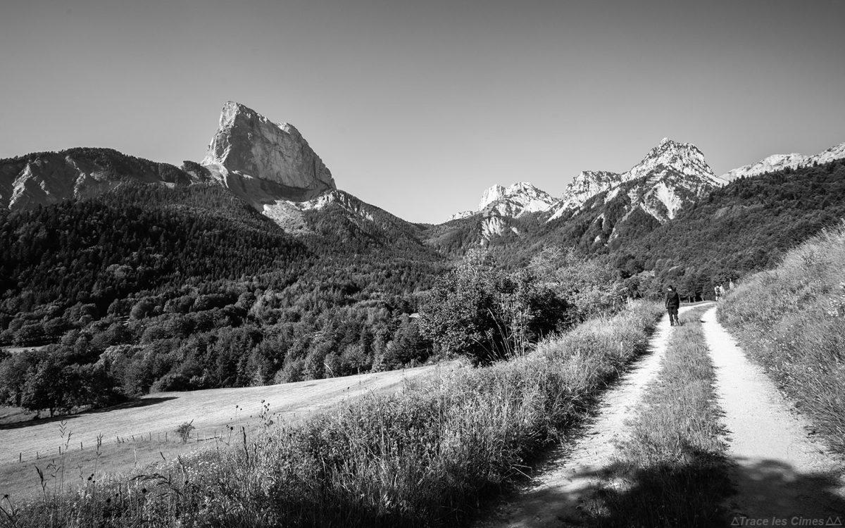 Le Mont Aiguille depuis La Bâtie, Vercors