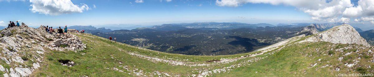 Vue sur les Hauts Plateaux du Vercors depuis le sommet du Grand Veymont