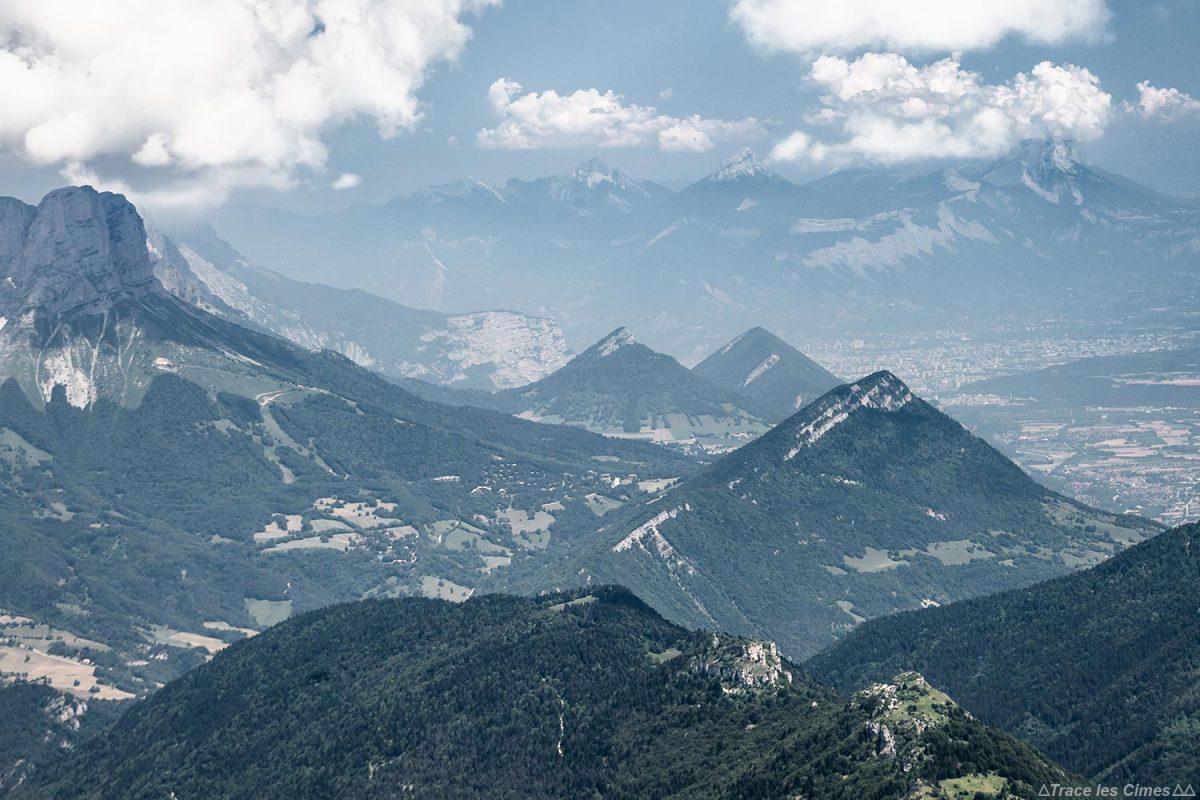 Grenoble et le Massif de la Chartreuse depuis le sommet du Grand Veymont, Vercors
