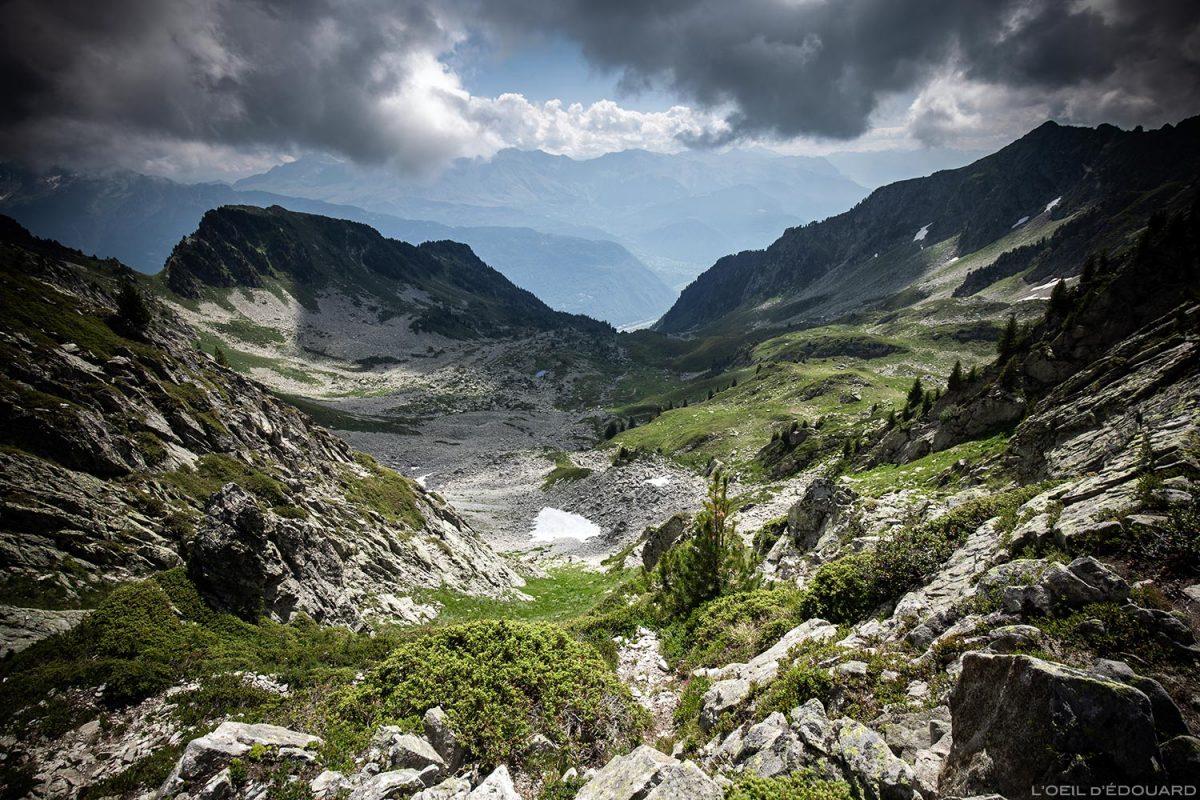 Le Col et le Lac de la Frèche, sous les Grands Moulins, Belledonne © L'Oeil d'Édouard - Tous droits réservés