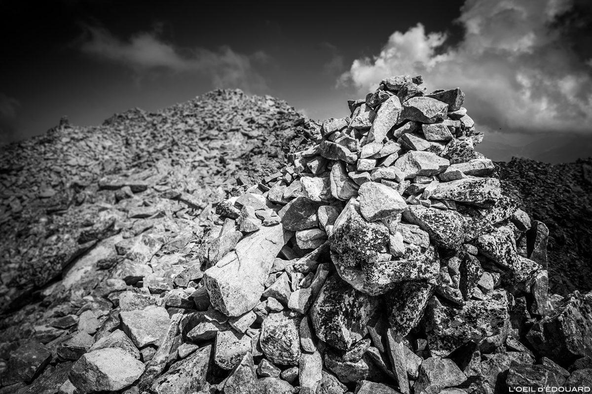 Cairn au sommet des Grands Moulins, Belledonne © L'Oeil d'Édouard - Tous droits réservés
