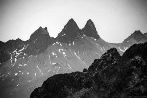 Les Aiguilles d'Arves vues depuis le sommet des Grands Moulins, Belledonne © L'Oeil d'Édouard - Tous droits réservés