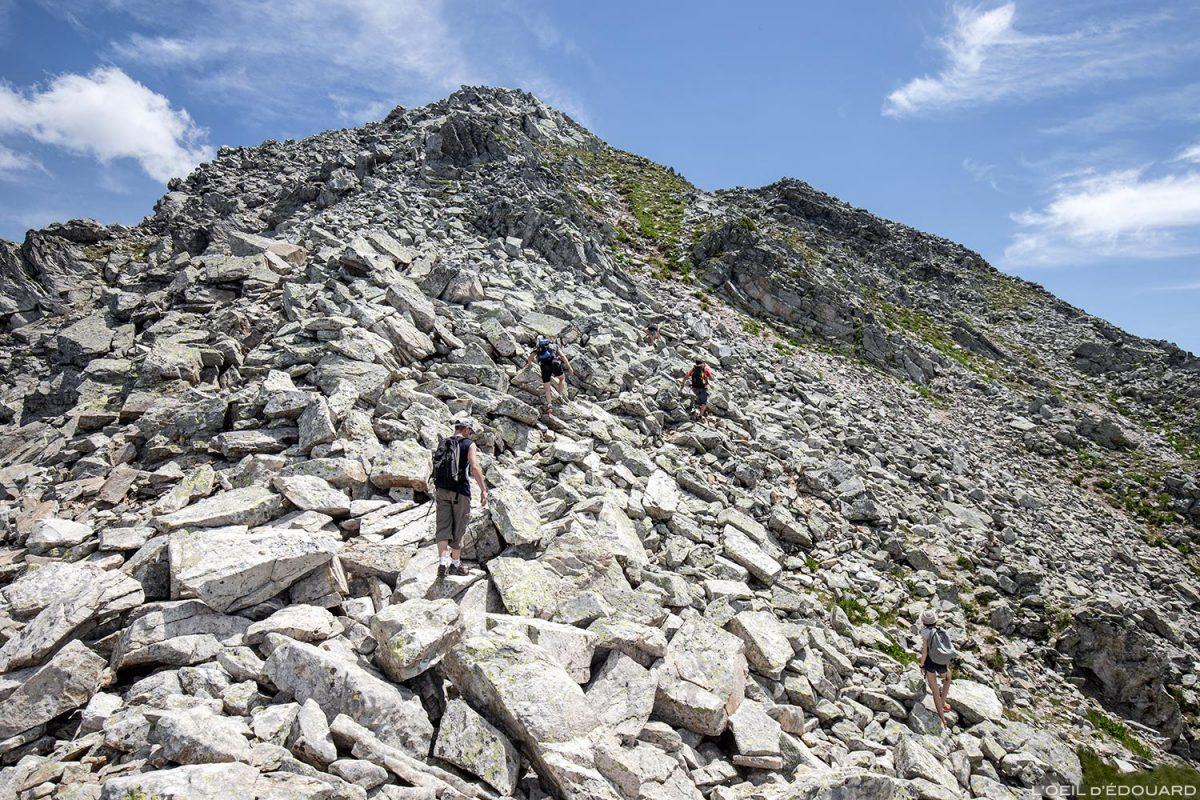 Randonnée au sommet des Grands Moulins par l'arête Nord-Ouest