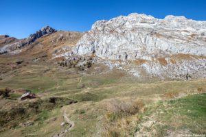 Marche d'approche pour la via ferrata de la Tour du Jallouvre, Haute-Savoie