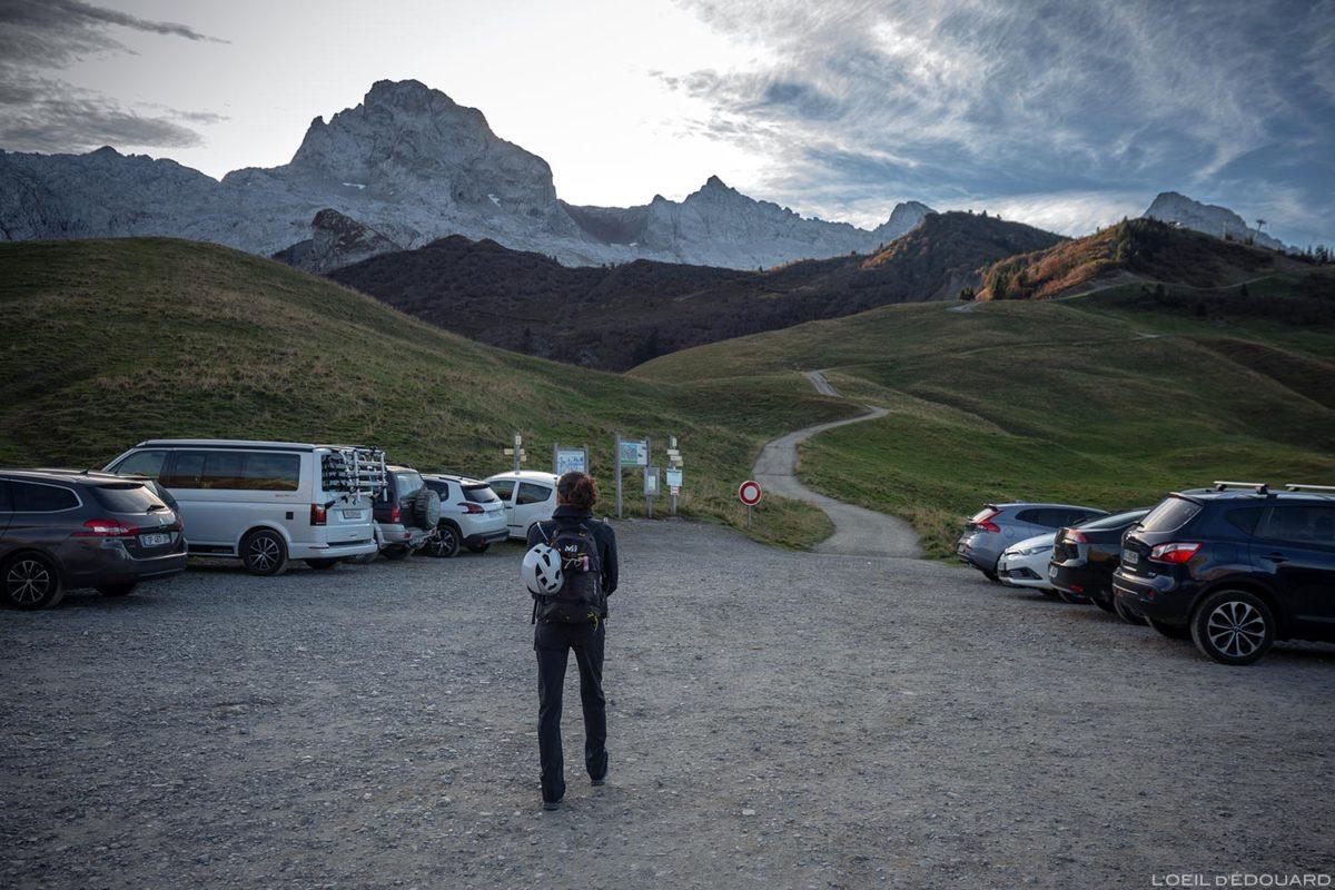La Pointe Percée depuis le Col des Annes dans les Aravis / Haute-Savoie, Alpes