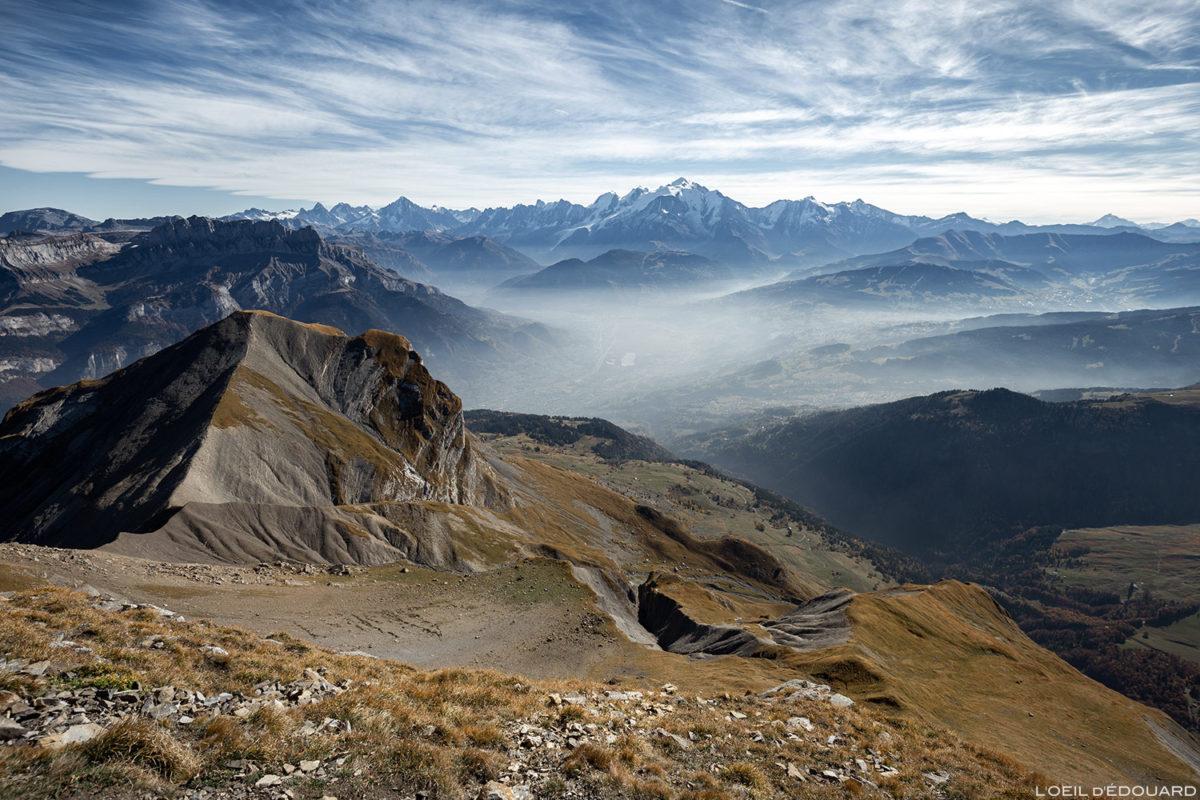 Le Vallée de Sallanches et le Mont Blanc depuis le Col des Verts, la Pointe Percée, Chaîne des Aravis / Haute-Savoie